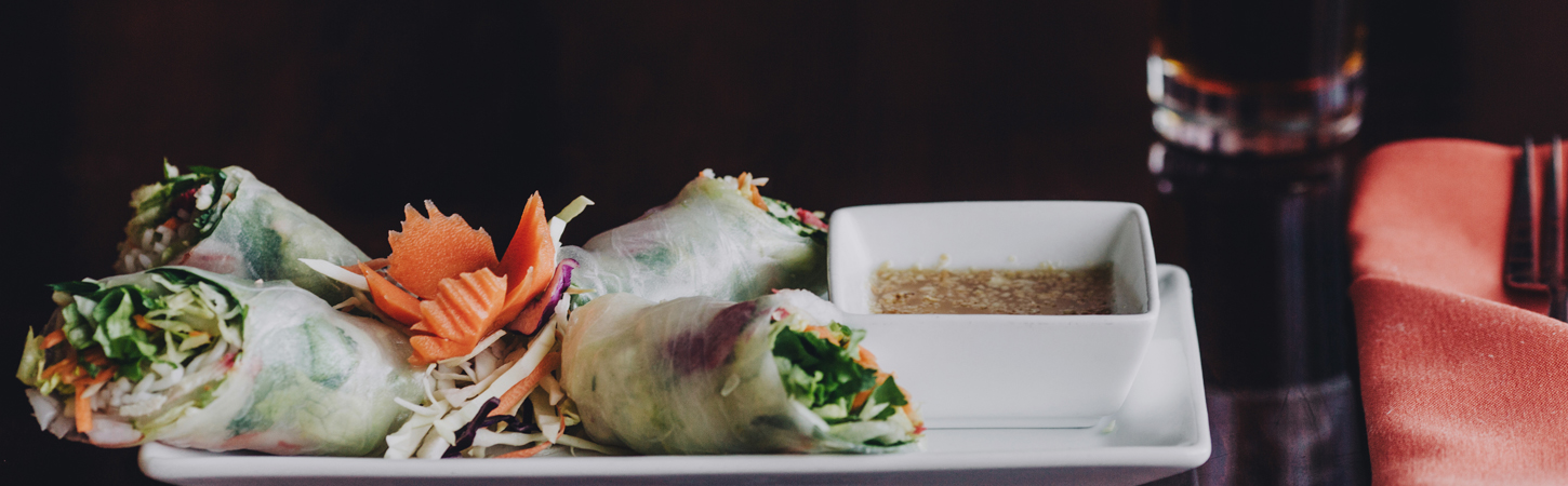 Happy-Hour-Spring-Rolls-and-Beer-at-Soberfish-Restaurant